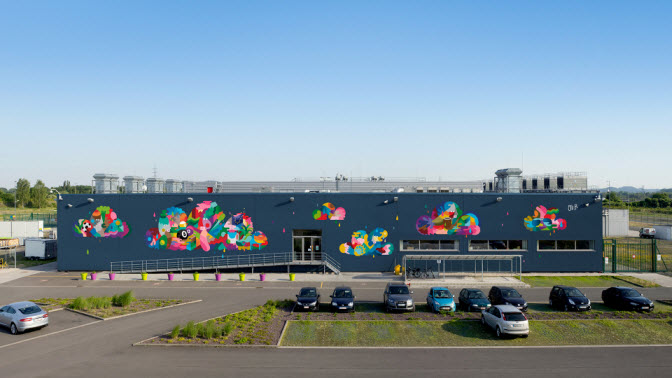 Data Center Mural Project dari Google